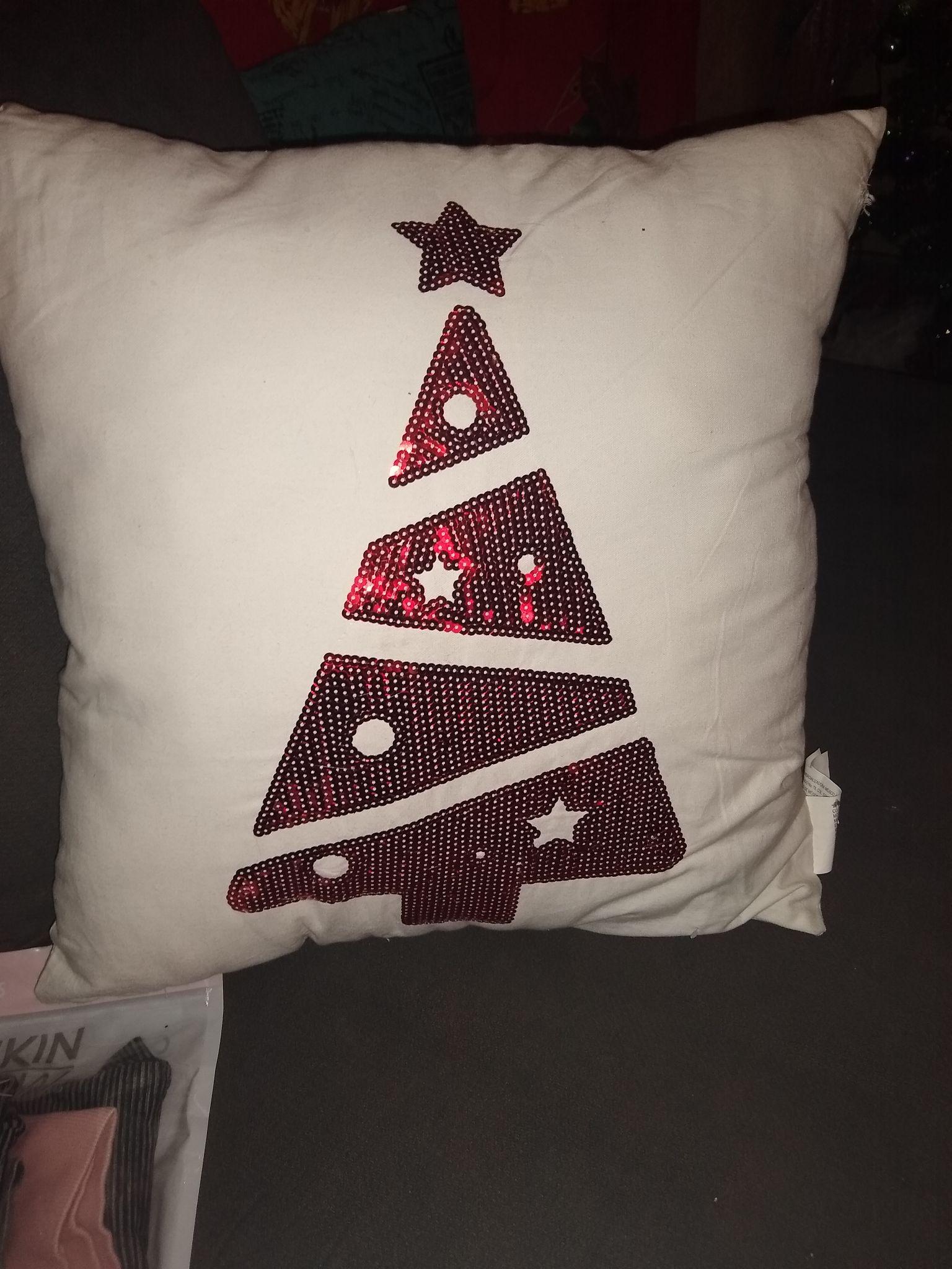 Walmart: Cojín navideño