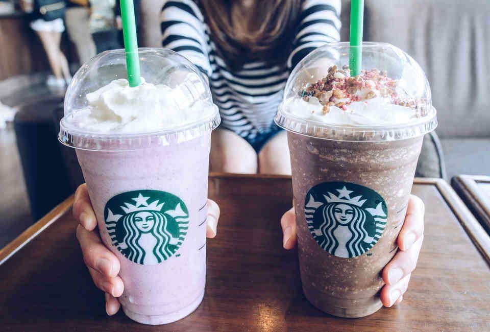 American Express: Bebida sin costo en Starbucks todos los días en la compra mínima de $80.00