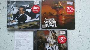 "Sanborns CDs: Coldplay, ""Viva La Vida"" ; Gorillaz, ""Plastic Beach""."