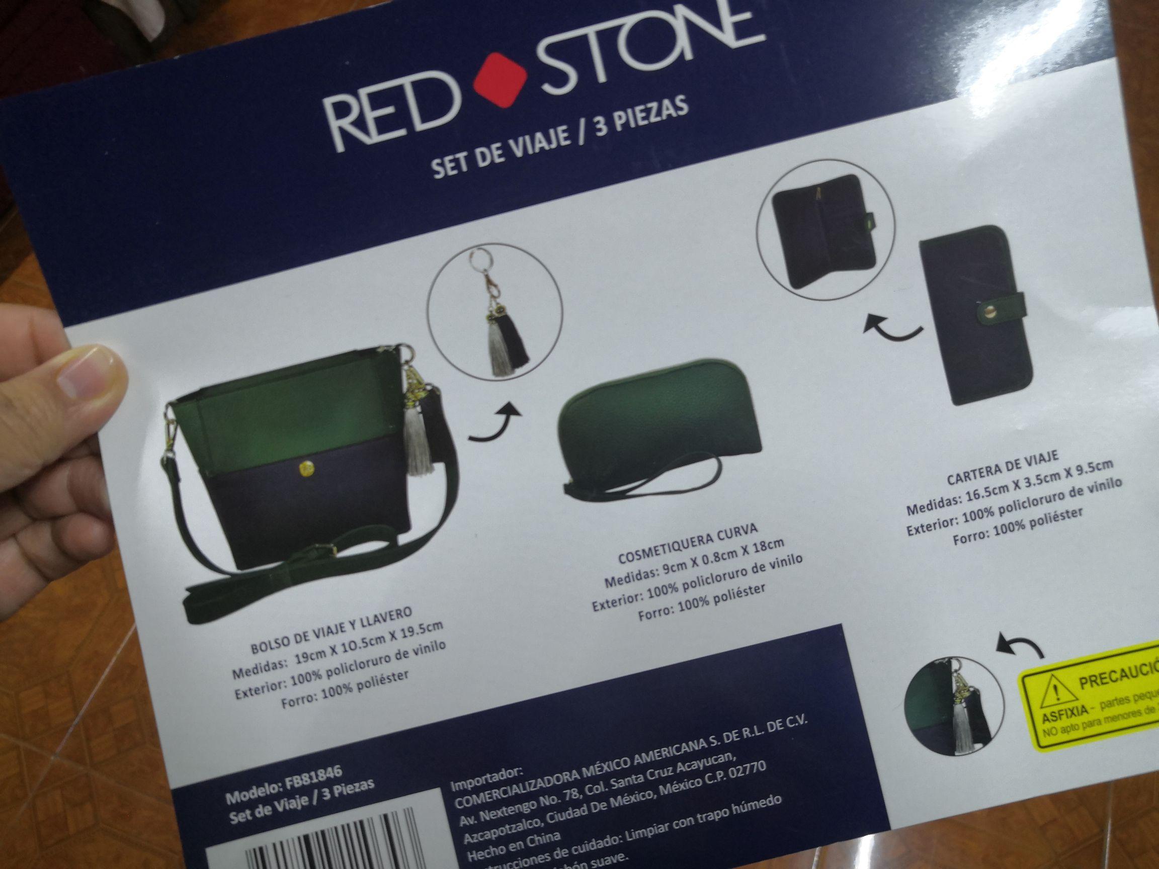 Sam's Club: Set de bolsa, cosmetiquera y cartera de viaje Red Stone.