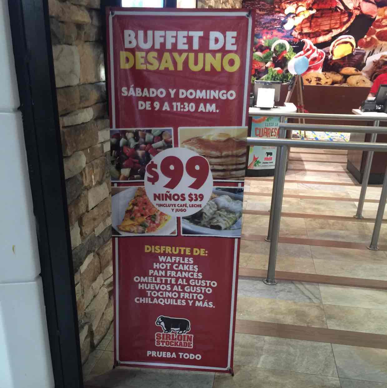 Sirloin Stockade Cumbres Monterrey: Buffet de desayuno a $99 sábado y domingo Incluye Bebida