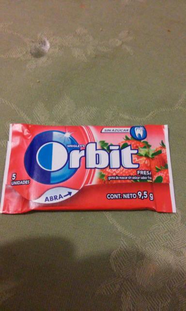 Walmart pueblito Queretaro: chicles orbit a $1.01
