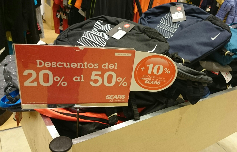 Sears: de 20% a 50% de descuento en mochilas incl. Nike