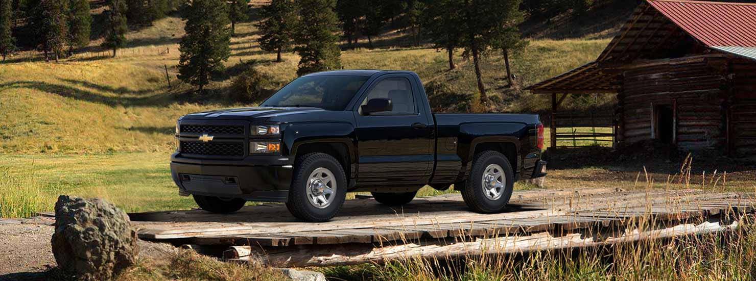 Chevrolet: Silverado 1500 desde $240,500