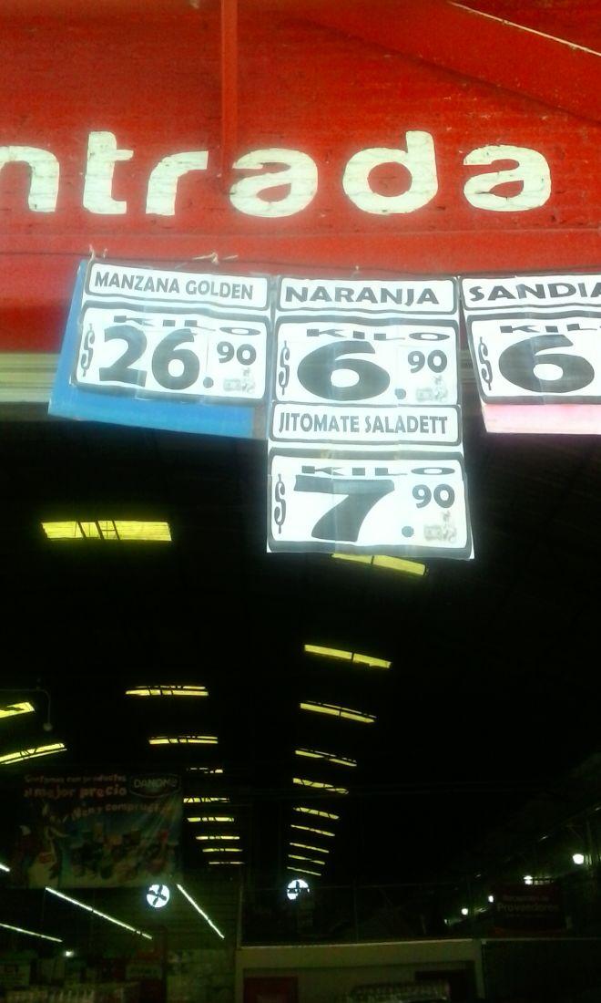 El Zorro Abarrotero: jitomate saladett a $7.90