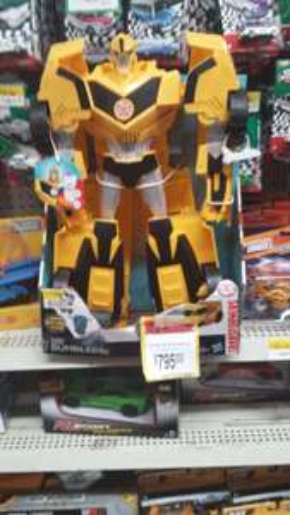 Bodega Aurrerá: Transformer Bumblebee a $241.03