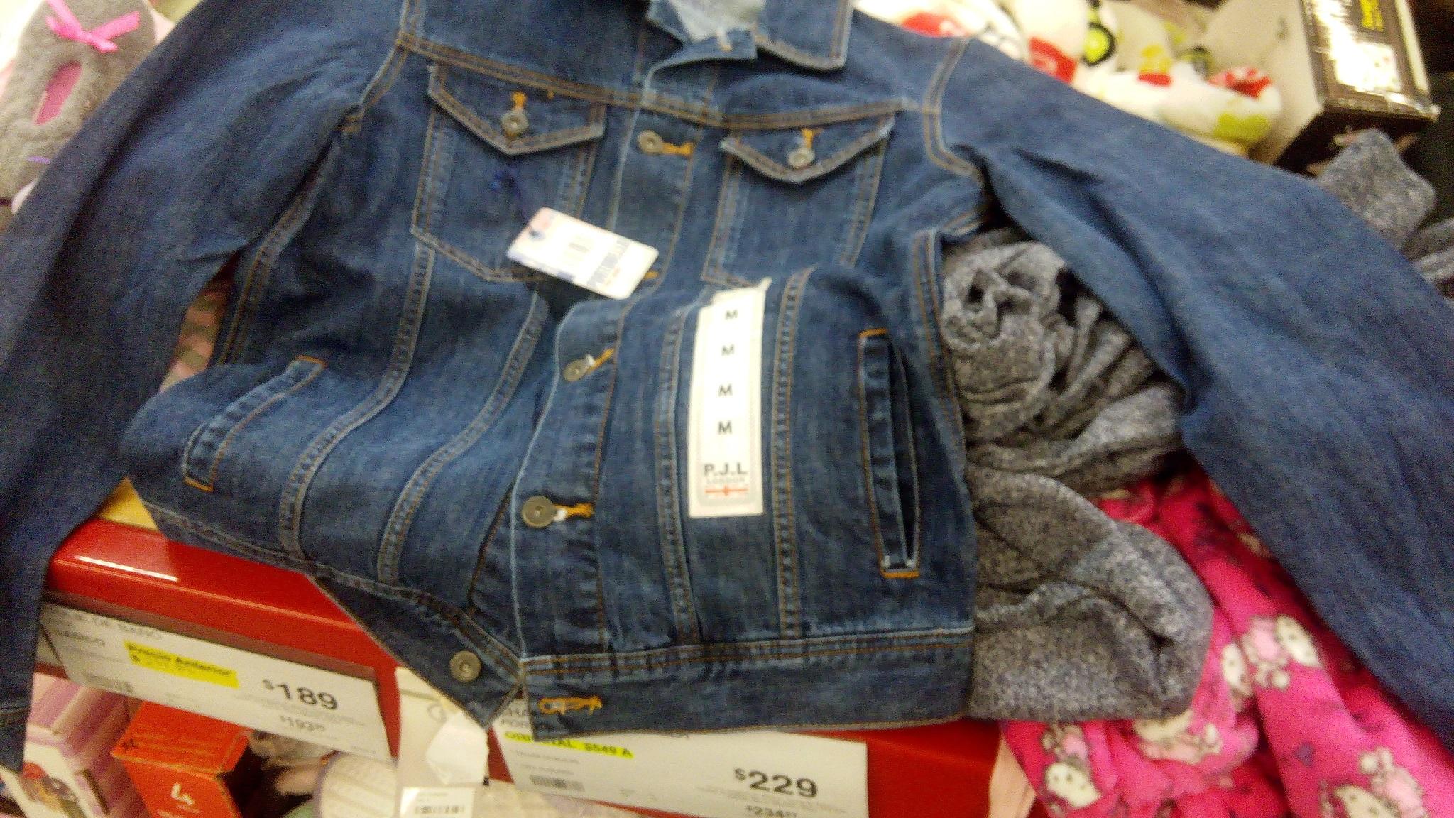 Sam's Club: Chamarra de mezclilla Pepe Jeans London de $549 a $229