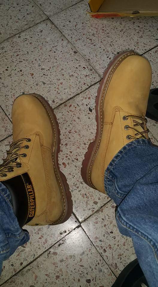 Price Shoes Puebla: CAT modelo P89733 a $1,499