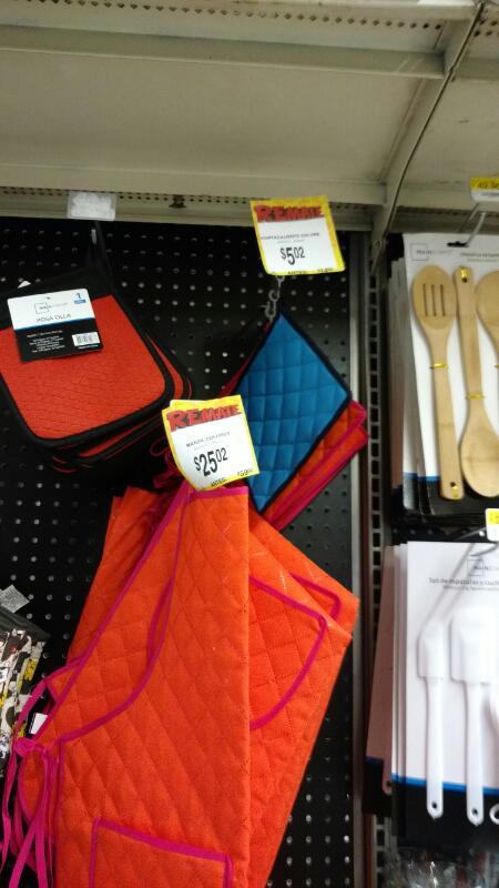 Bodega Aurrerá: delantal a $25.02, guante para cocina a $5.02
