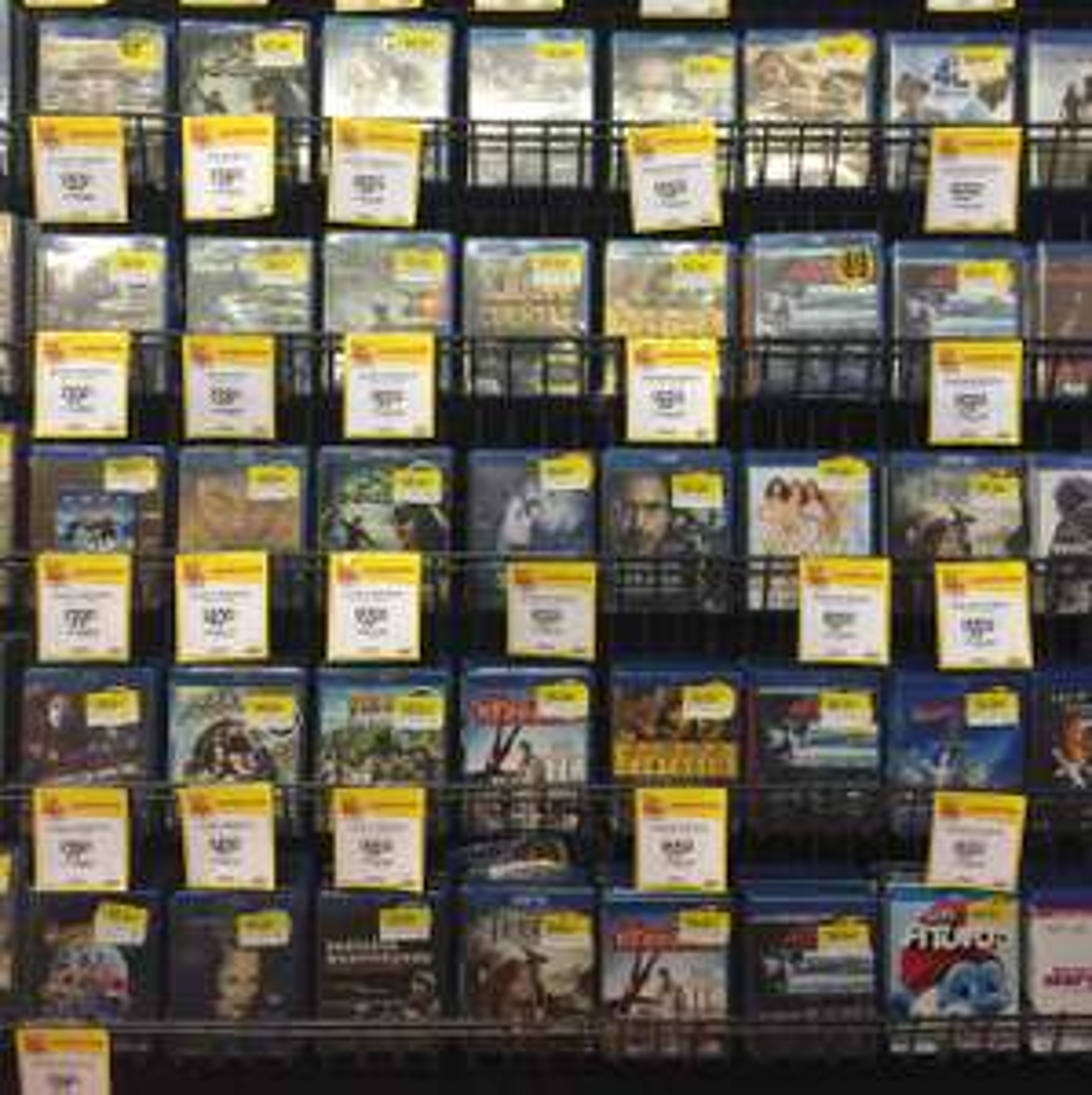 Walmart: Variedad de títulos en Blu-ray entre $39 y $55, Bocina Bluetooth portátil $129.03