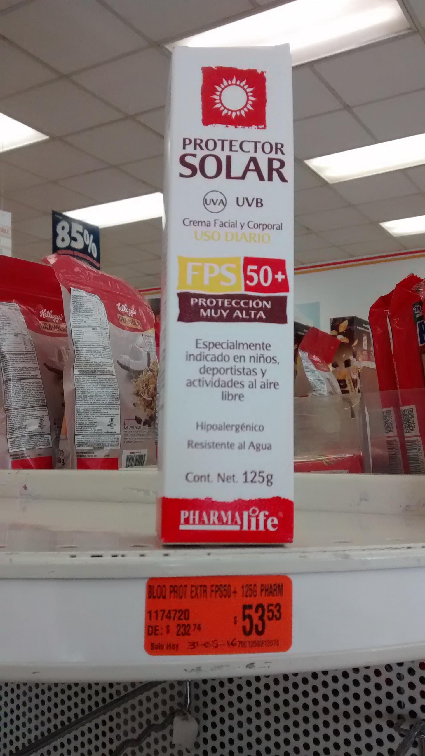 Farmacias Guadalajara: Protector solar 50FPS pharmalife a $54