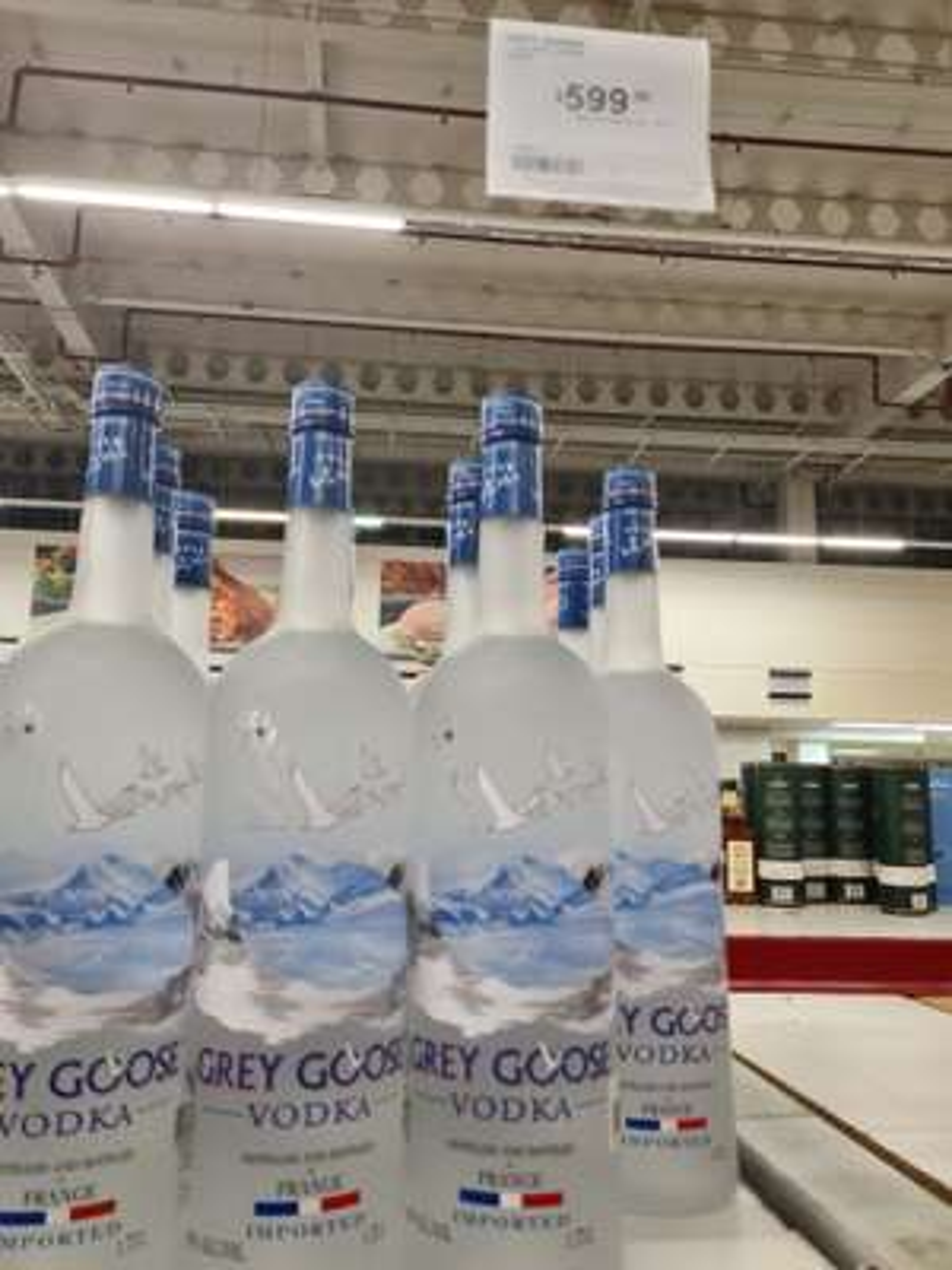 Sam's Club: Lícores en promoción. Grey goose, Reserva de la Familia, Hendricks gin.