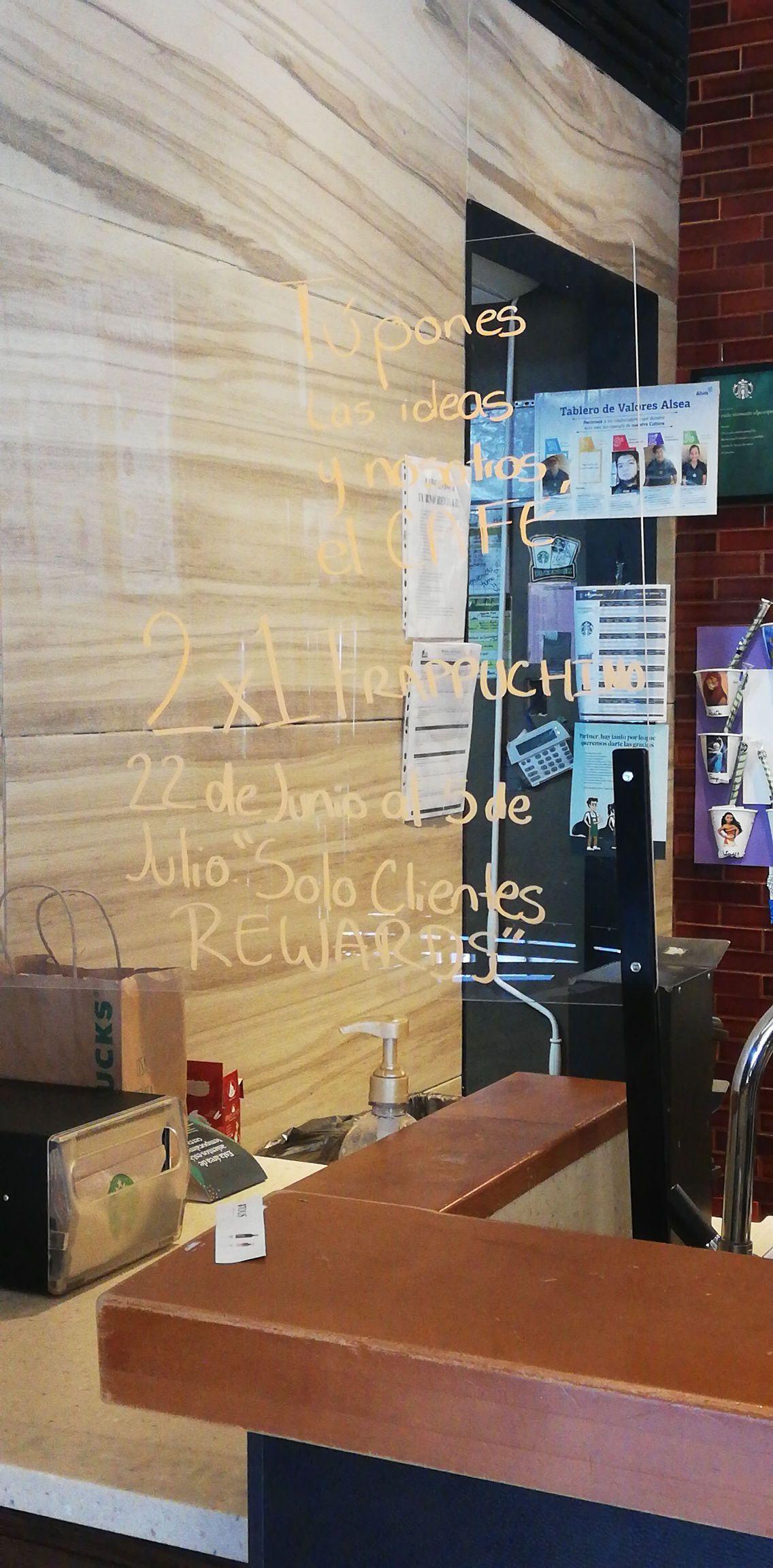 Starbucks: 2x1 en Frappuccino (solo clientes Rewards)