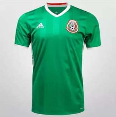 Hot Sale en Netshoes: jersey México nuevo $818 (de $1,299) y mujer $755 (de $1,199)