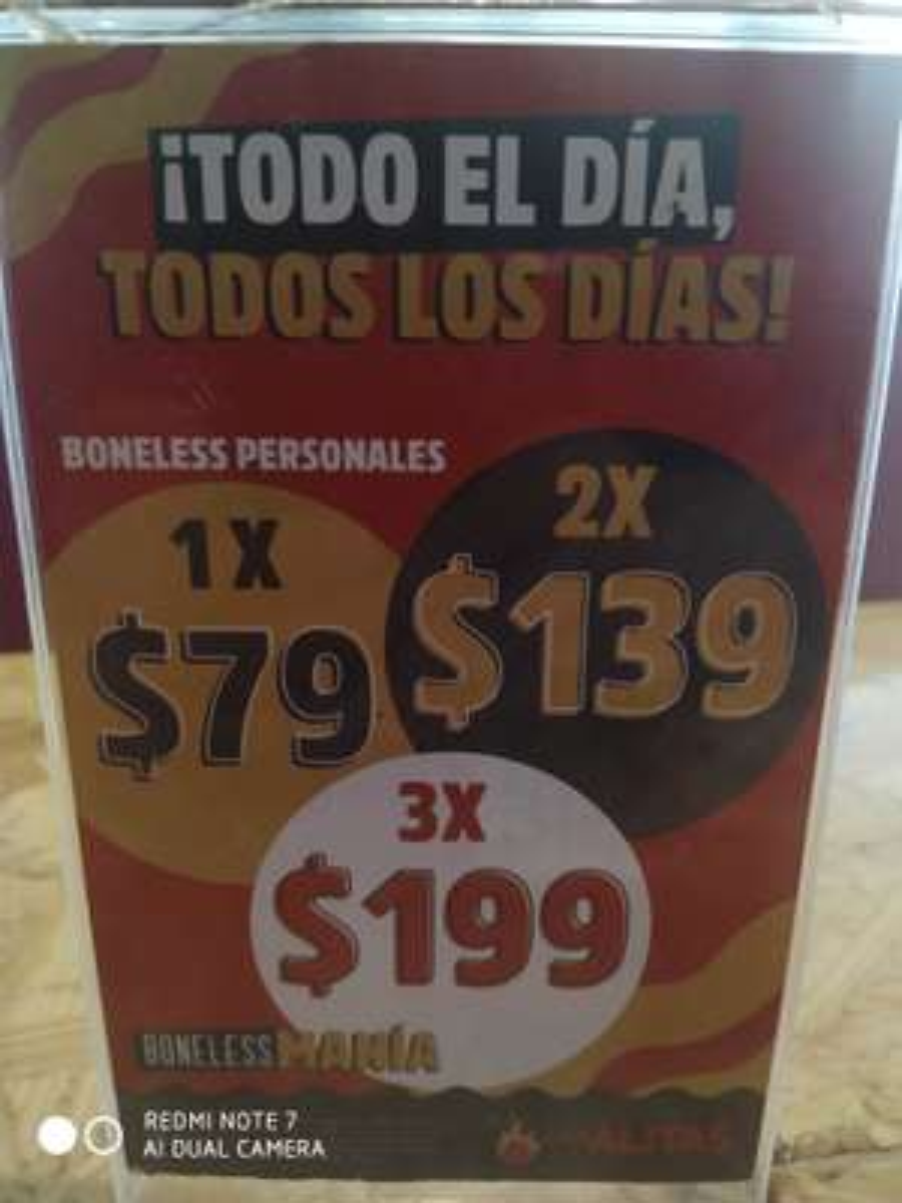 Las alitas lomas estrella CDMX : Promoción de boneless, 1x$79.00, 2x139 o 3x$199.00