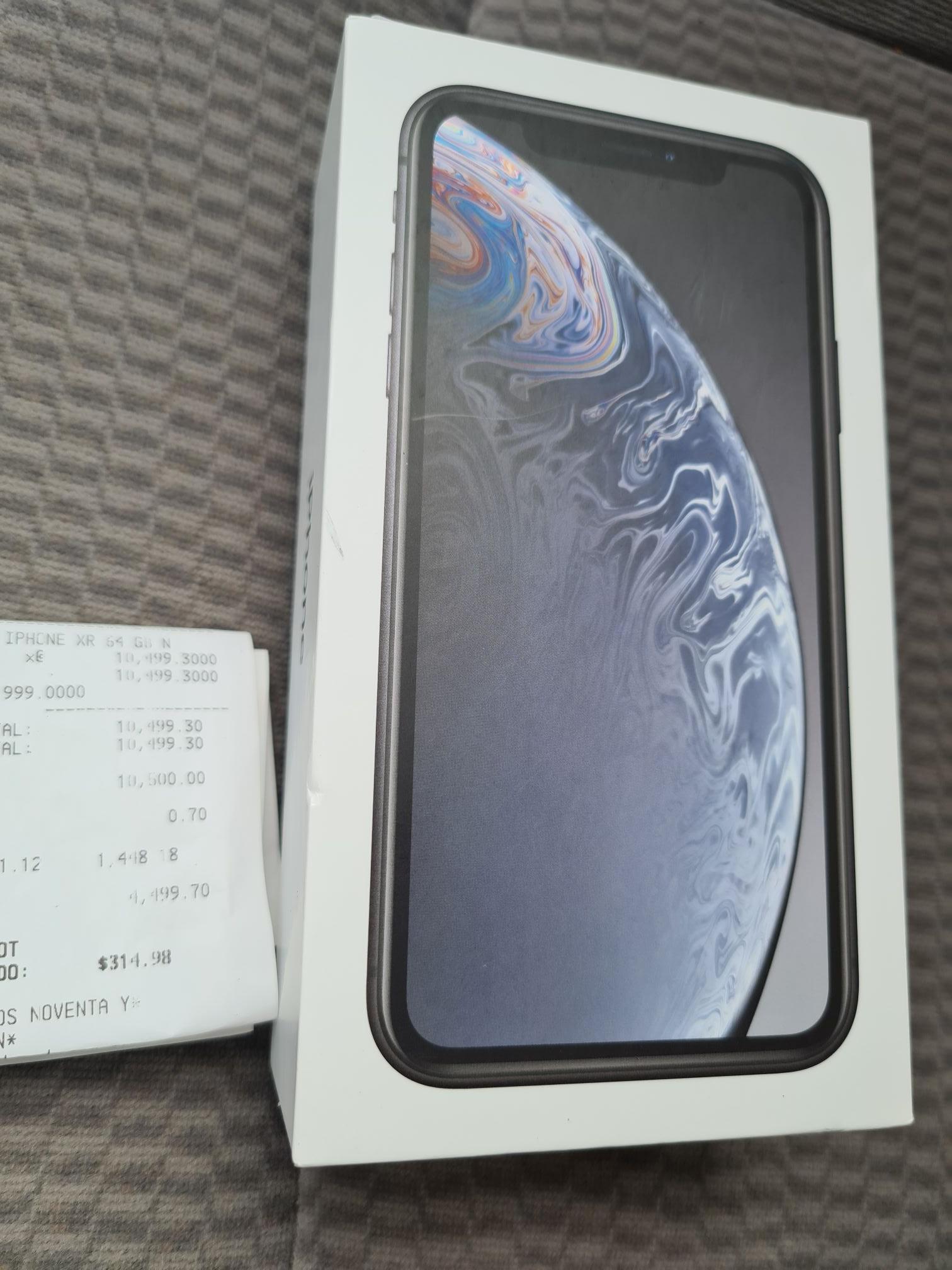 Office Depot: iPhone XR 64 GB