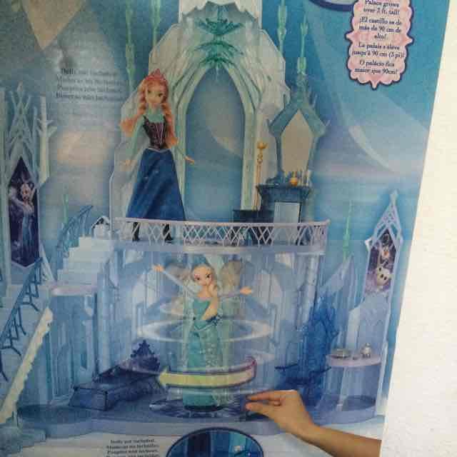 Bodega Aurrerá Las Américas Mérida: Elsa castillo de hielo a $495.03