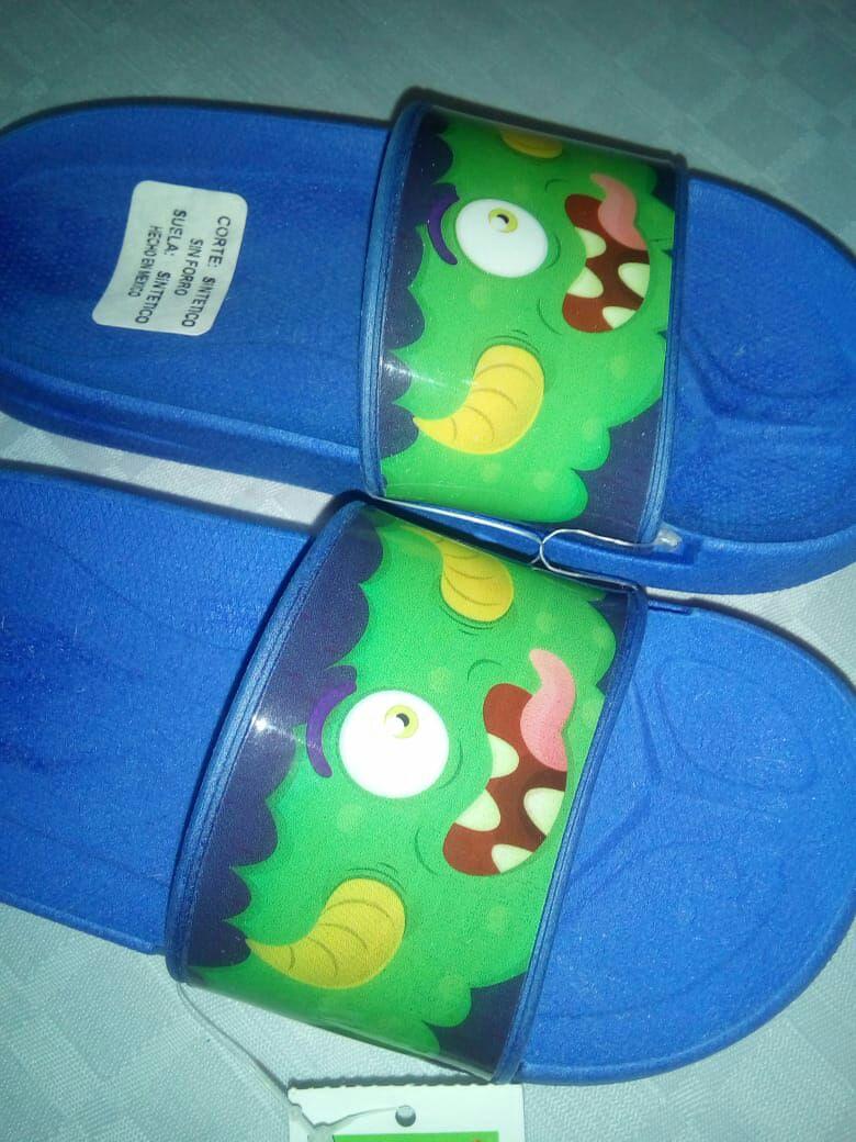 Bodega Aurrera Huajuapan sandalias para niño