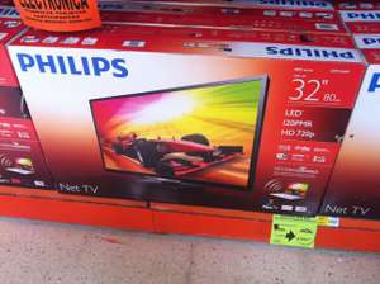 "Comercial Mexicana Puerto Vallarta: TV Philips 32"" Smart de $5,498 a $3,498"