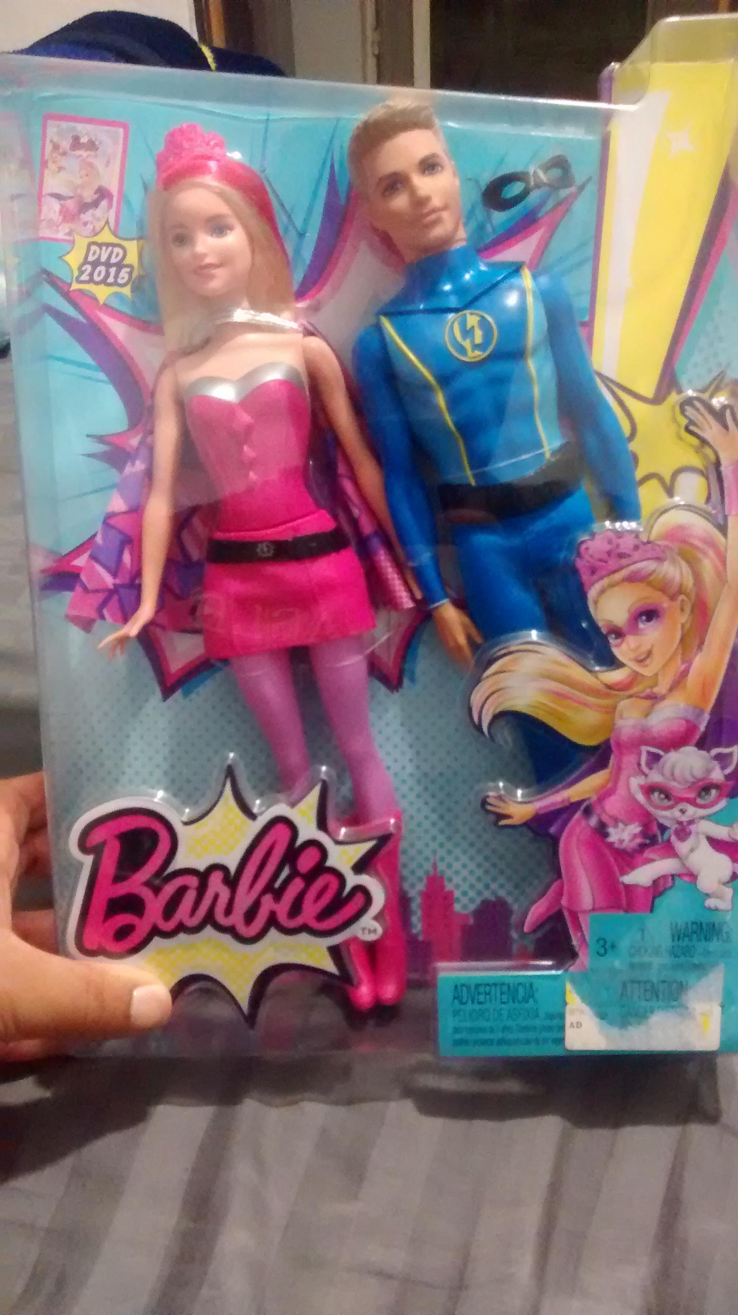 Bodega Aurrerá Ayotla: Barbie y Ken Superhero de $399 a $45.01