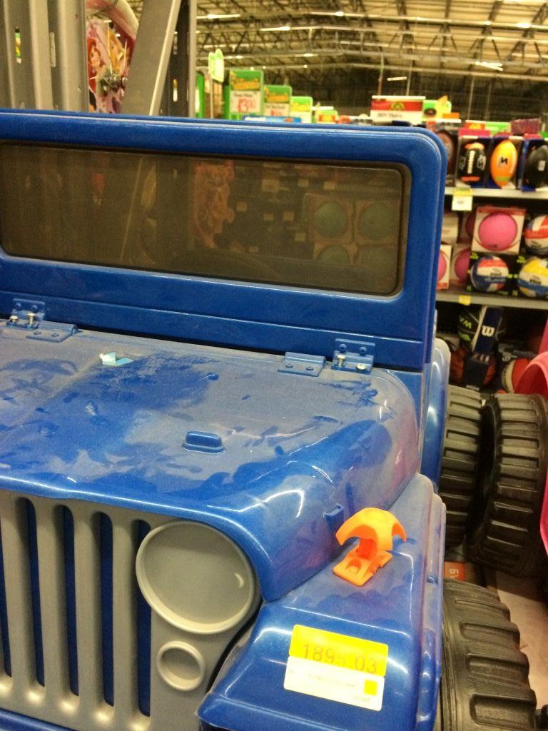 Bodega Aurrerá Castillotla Puebla: carro eléctrico Powewheels Jeep a $995.03
