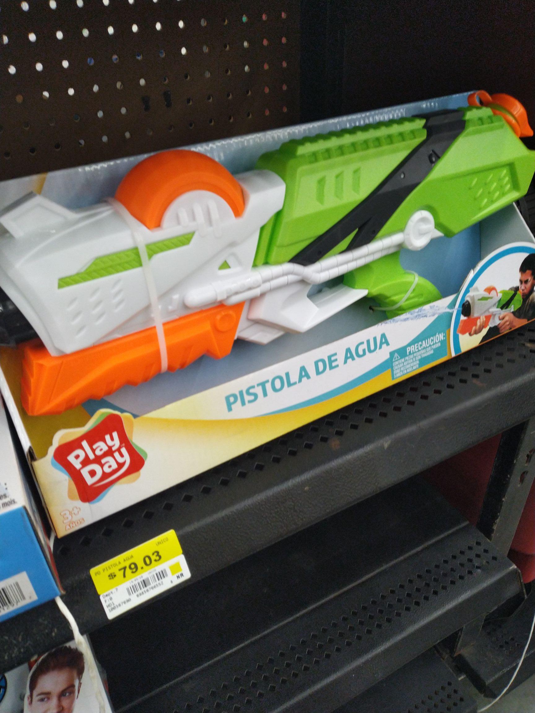 Walmart: Pistola de agua play day.