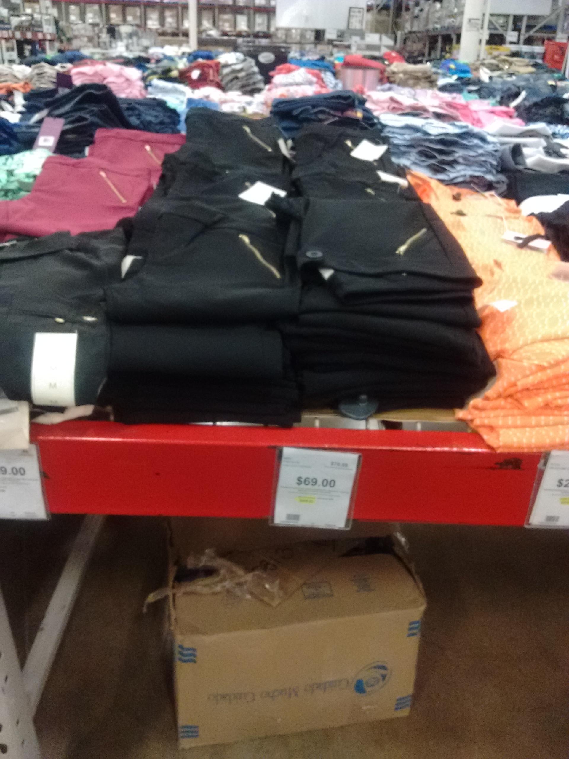 City Club Tampico: Pantalón strech a $70