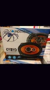Woolworth: Bocinas 6x9 soundstream a $360