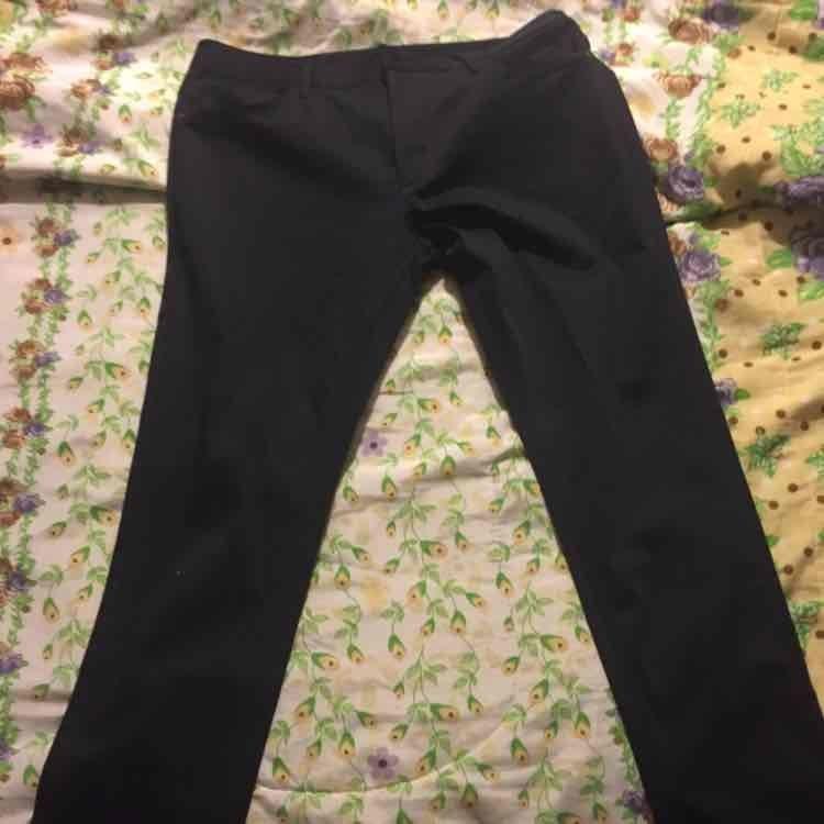 Zara Mundo E: pantalón satinado Zara a $299