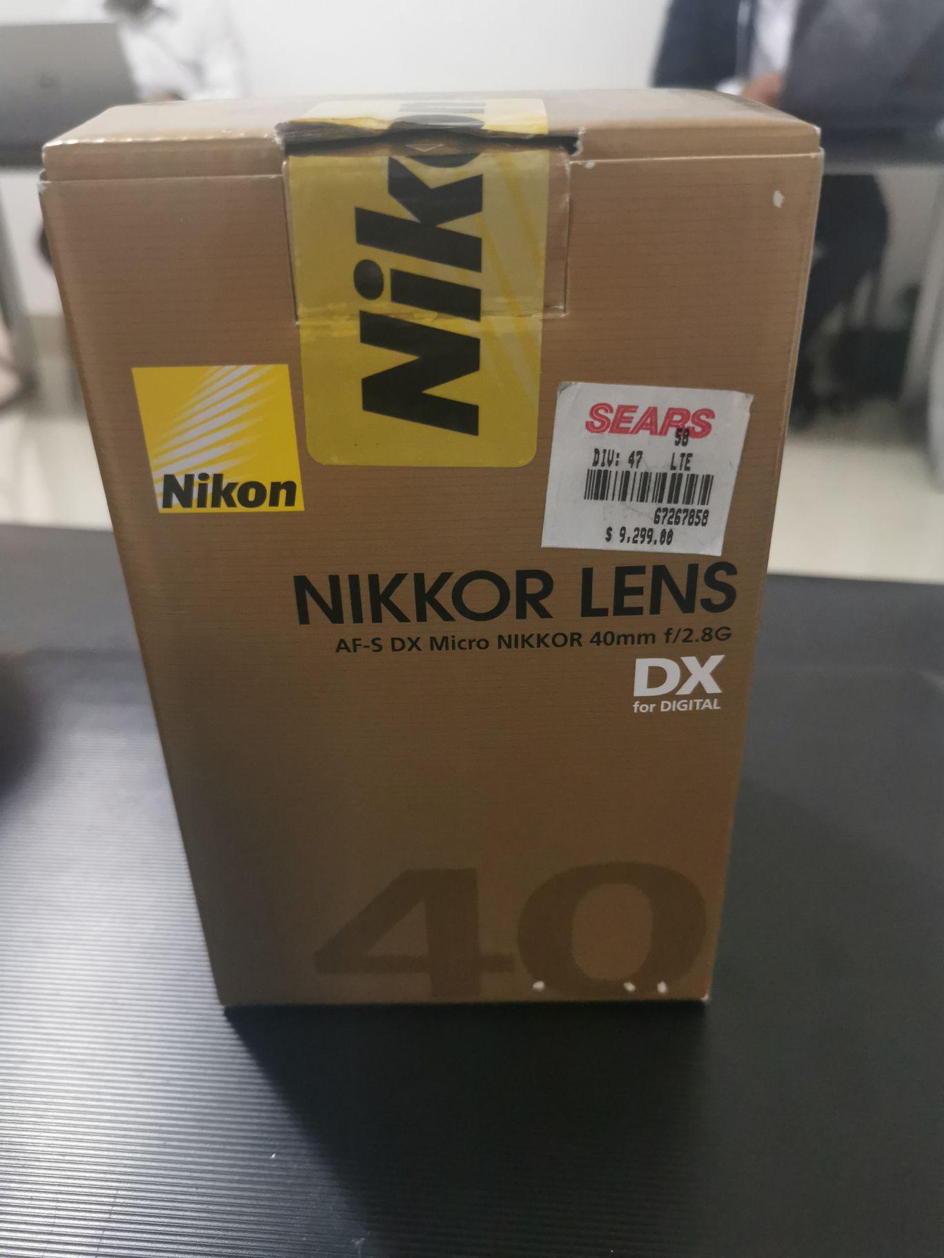 Sears: LENTE MACRO 40mm. Nikon