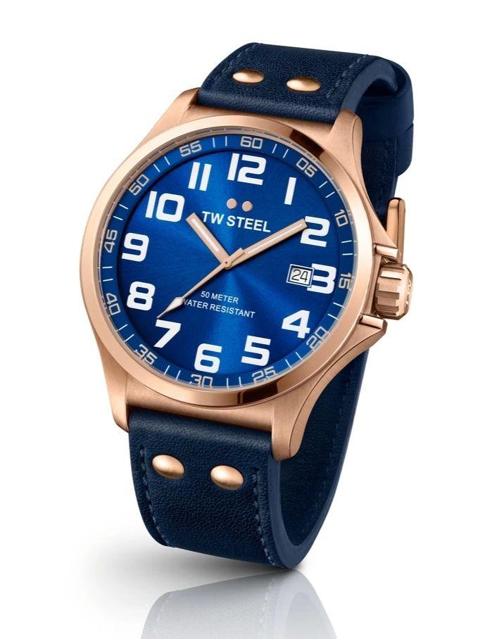 Amazon: Reloj TW Steel Pilot TW405, Rose Gold 48 mm.