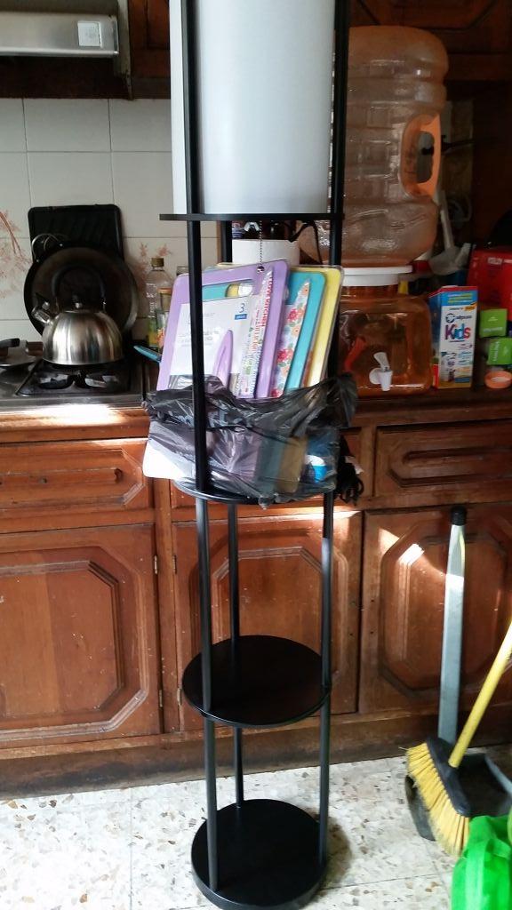 Walmart Tollocan: lámpara con 3 repisas a $90.01