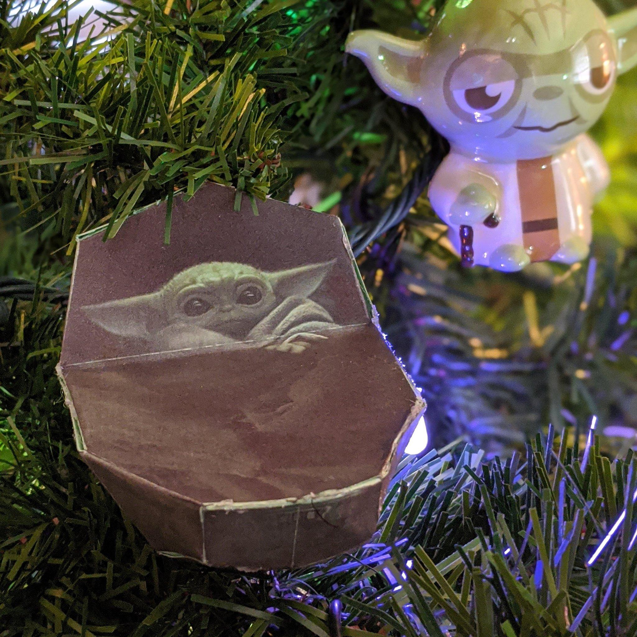 Baby Yoda para tu arbolito: Armable