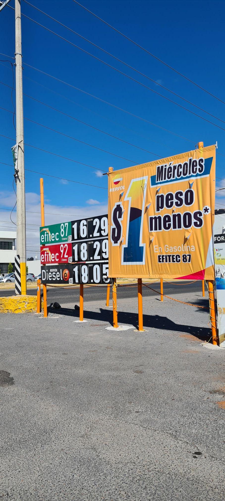 Gasolina Repsol a $16.29lt CELAYA