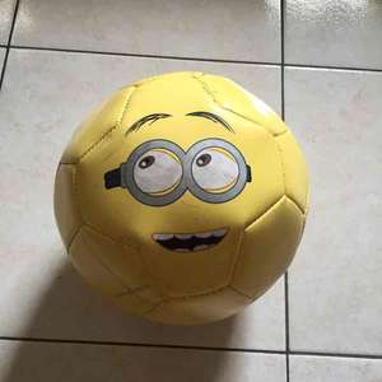 Walmart: Balón Minions de $139 a $25.01, Disney-Perry a $49.01