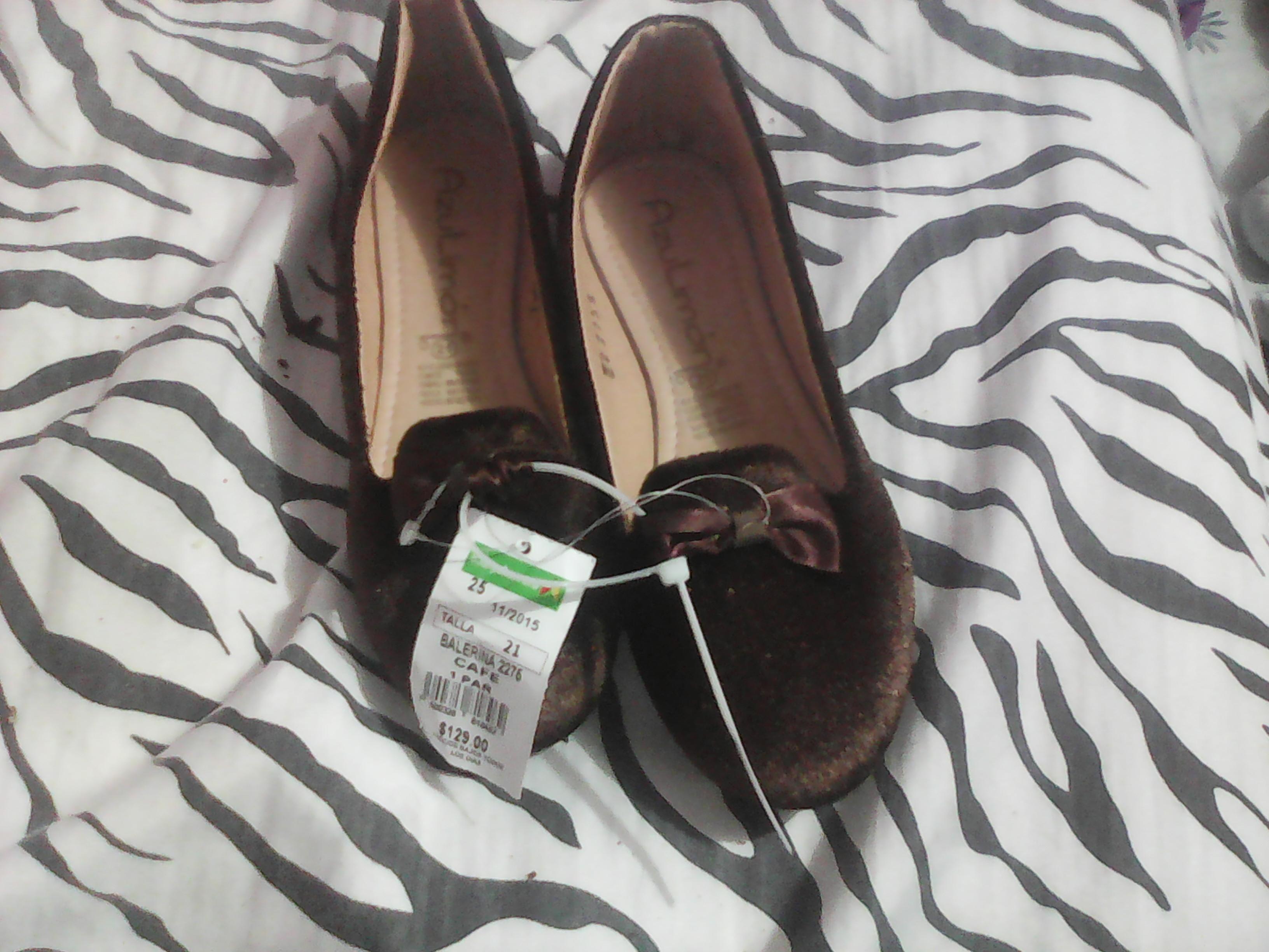 Bodega Aurrerá: zapato de niña a $20.01