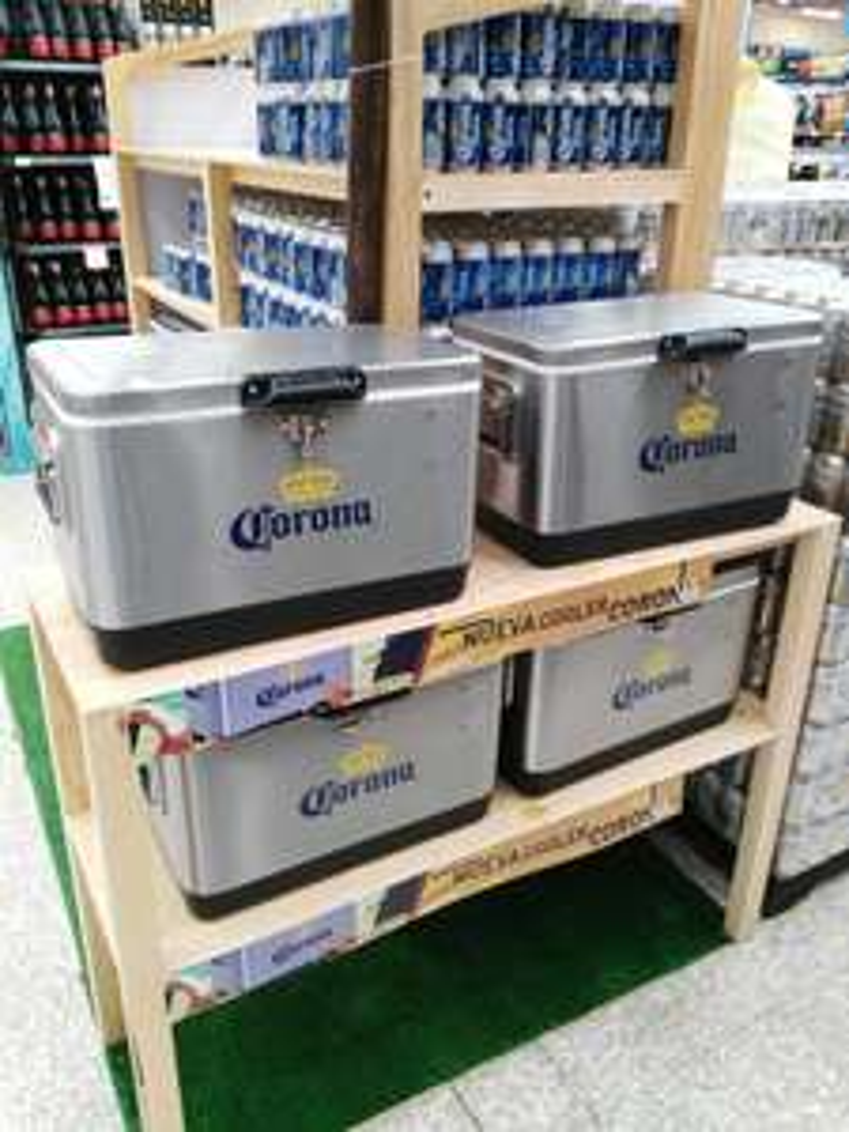 Walmart: Hielera + 4 Six de Corona por $767