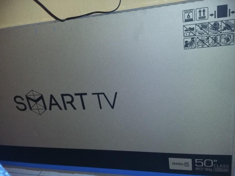 """Bodega Aurrerá: Smart TV 50"""" Samsung a $8,380.02, altavoz de pedestal Keiser a $2,690"""