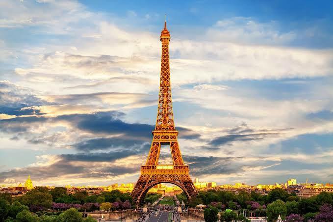 Skyscanner: Vuelo Redondo Cancún - París (12 - 21 de Junio)