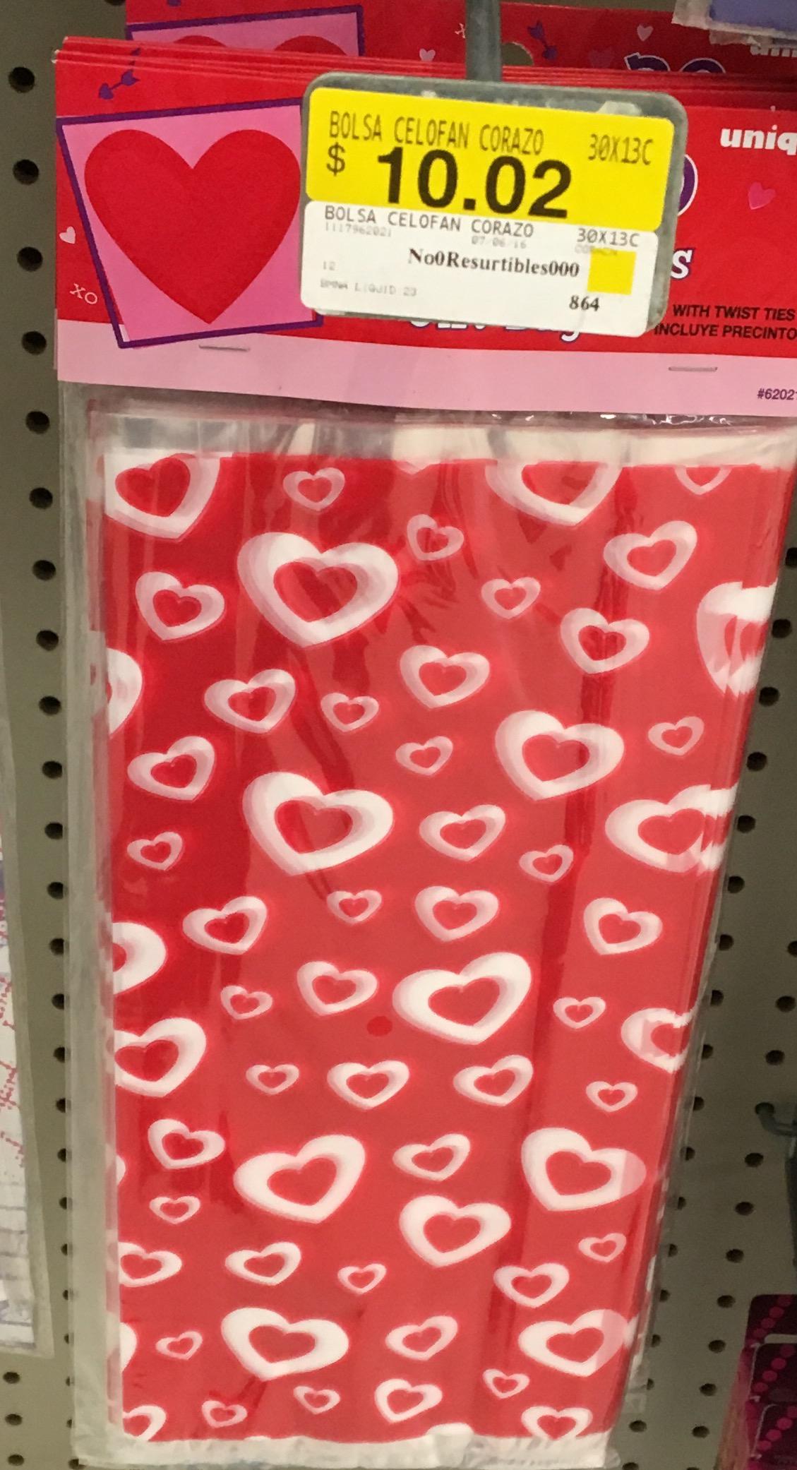 Walmart Suc. Miramontes (CDMX): 30 bolsas de celofán con corazones