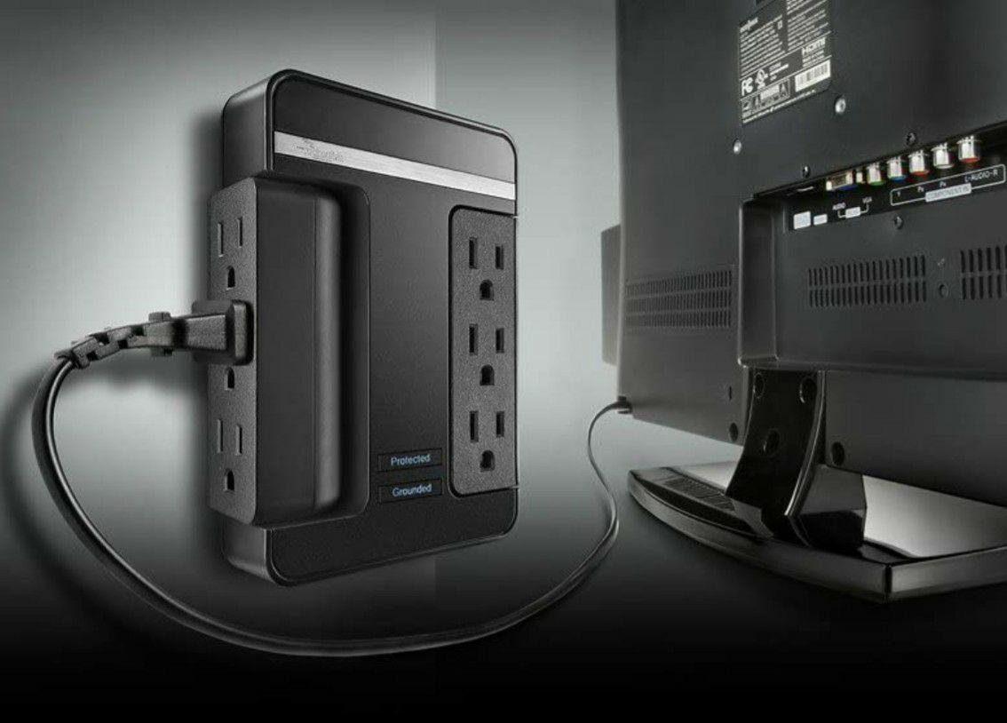 Best Buy: Supresor de picos de tensión 6 conectores y 2 puertos USB (2.1A) de $349 a $209