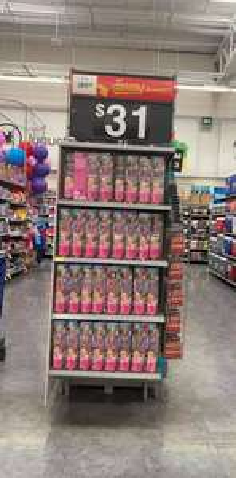 Walmart pirules Barbie y Mega Block