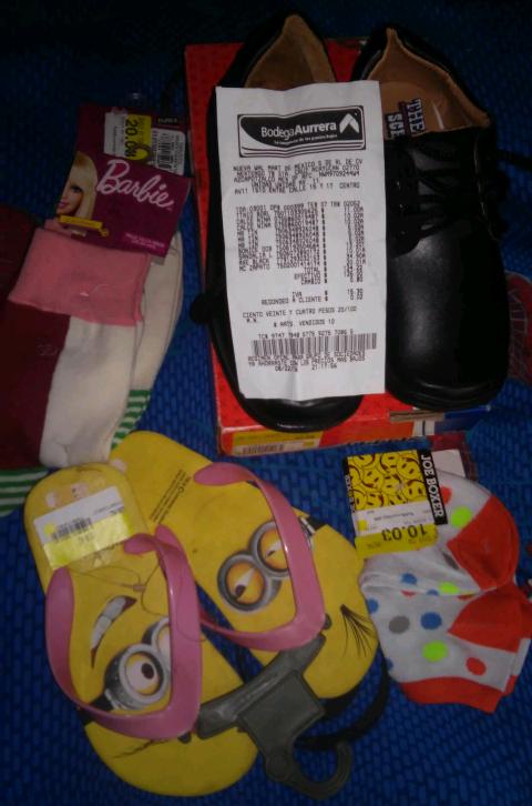 Bodega Aurrera Córdoba: Calceta desde $5.02 y zapato escolar a $20.01