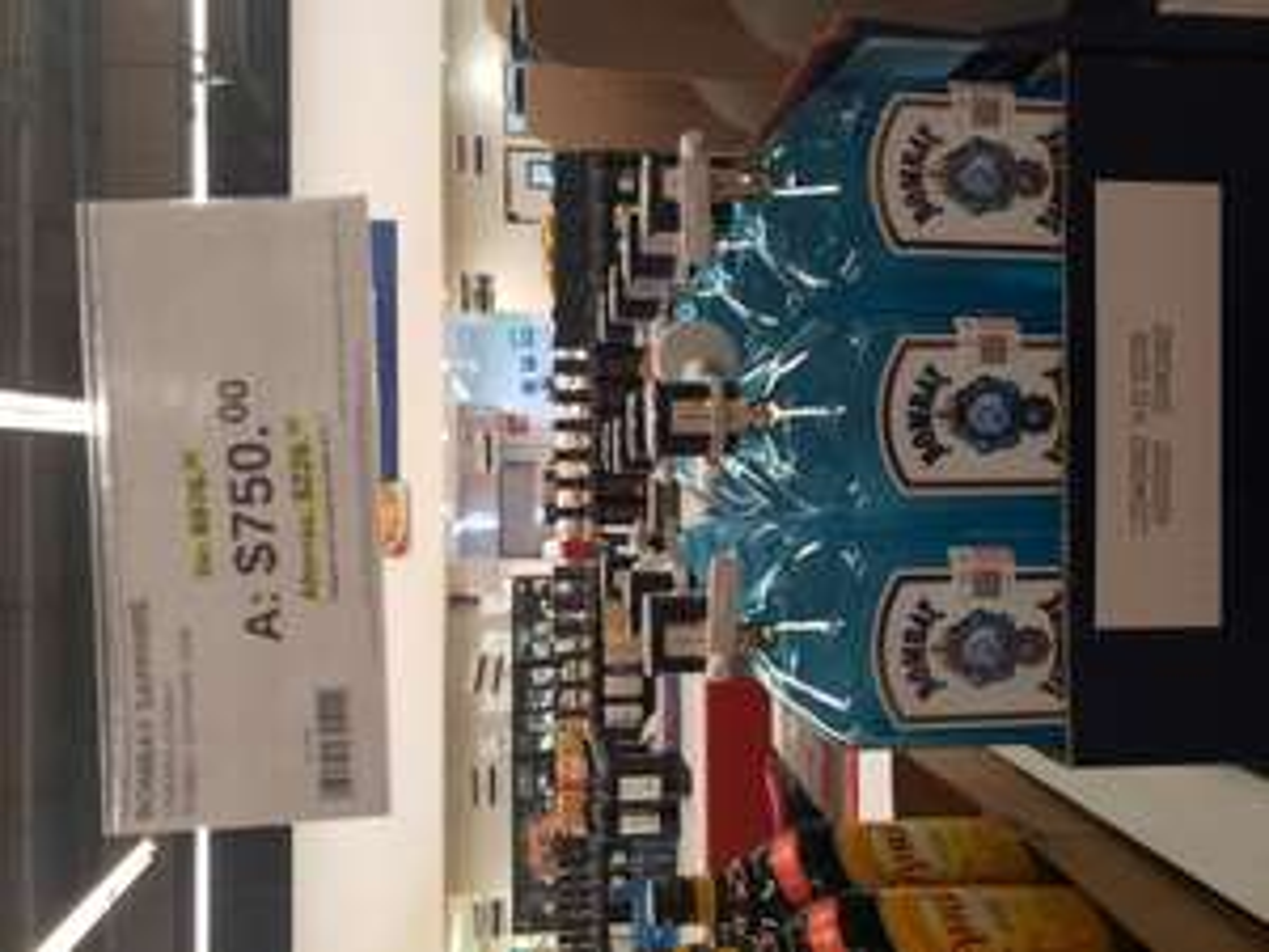 Sam's Club: Ginebra Bombay 1.750 ml