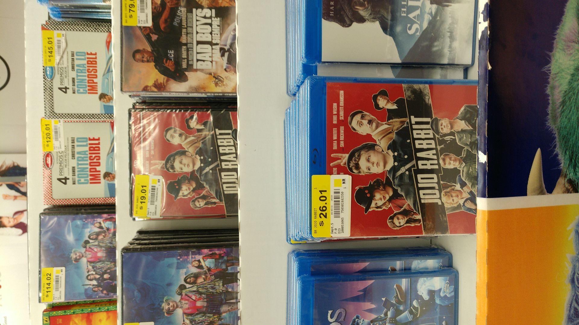 Walmart Macroplaza: Jojo Rabbit DVD y Blu-ray.