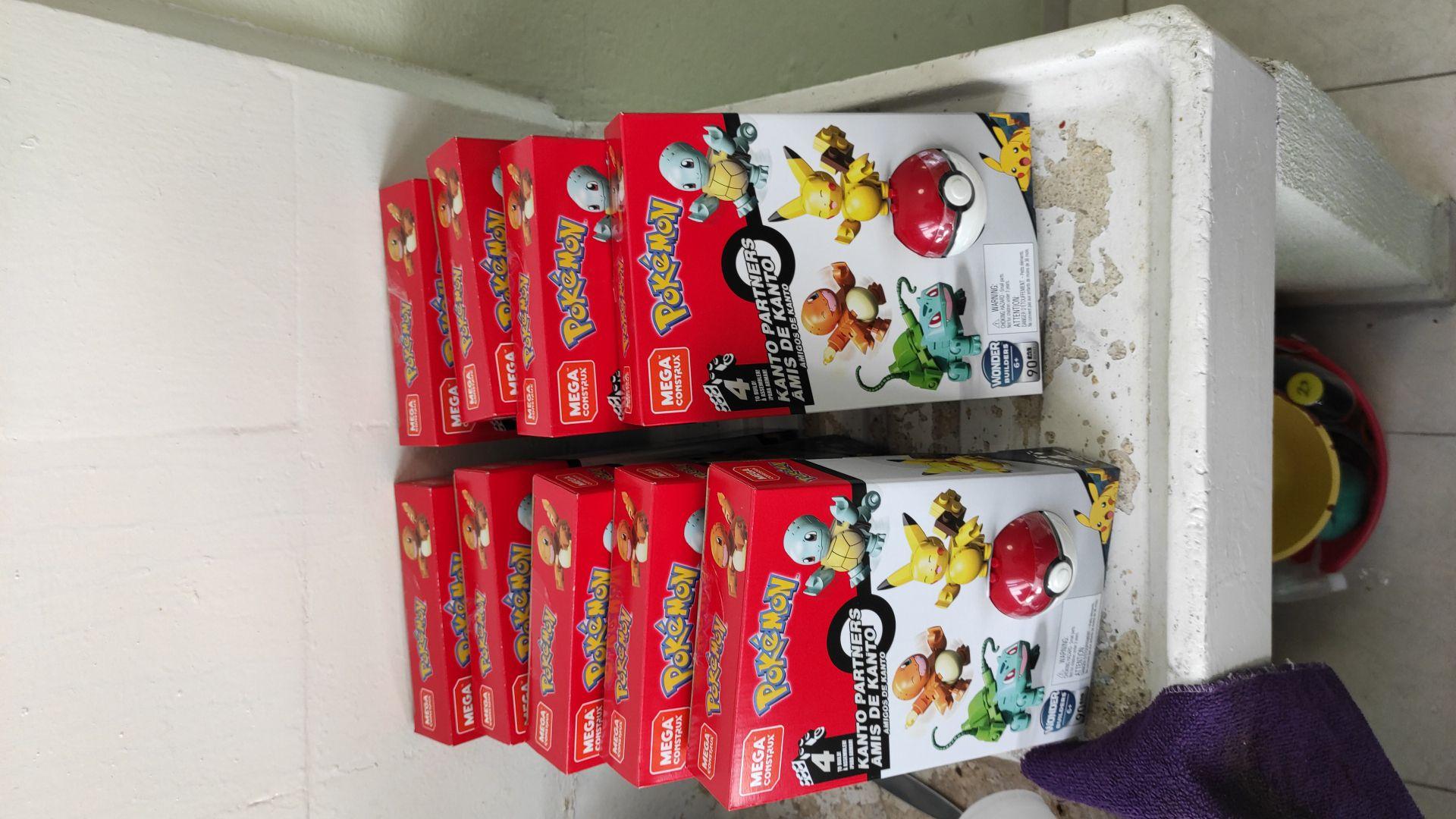 Walmart Ecatepec: Pokémon 4 figuras mega construx última liquidación