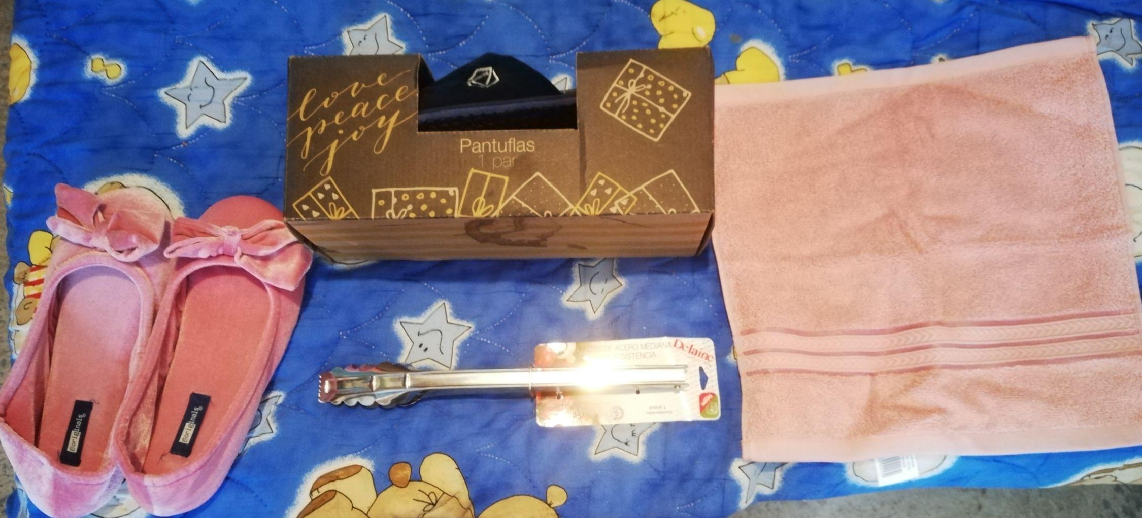 Walmart Pantuflas, pinsas y toalla