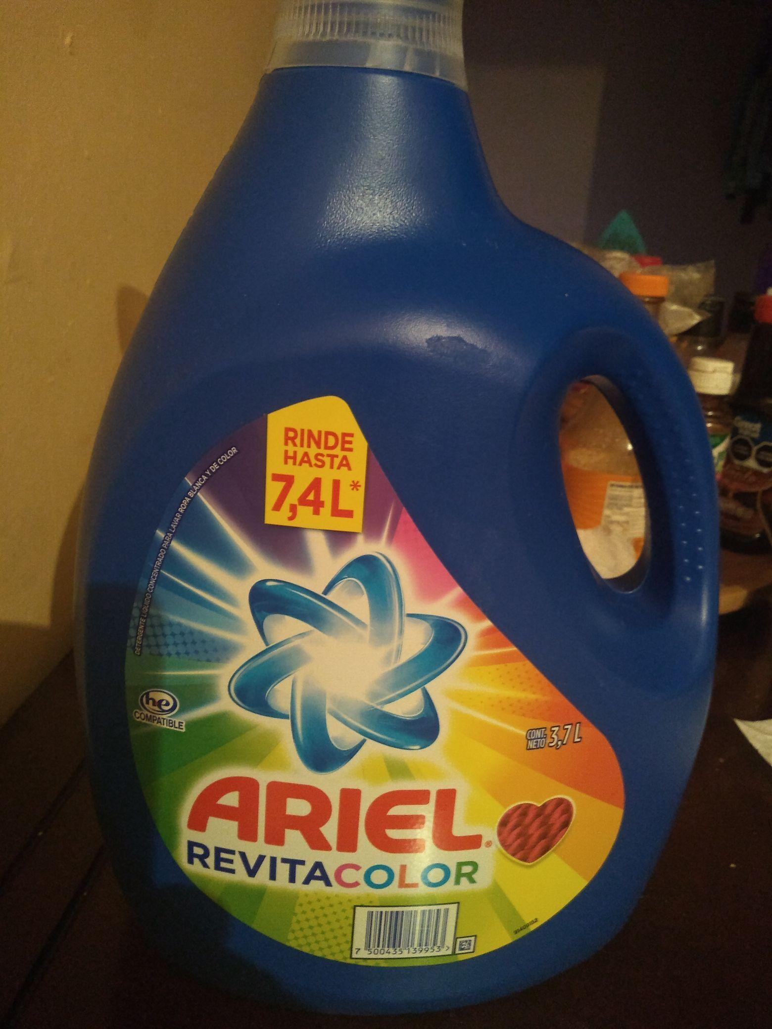 Walmart: Ariel Revitacolor 3.7, 2pzas x $200.00