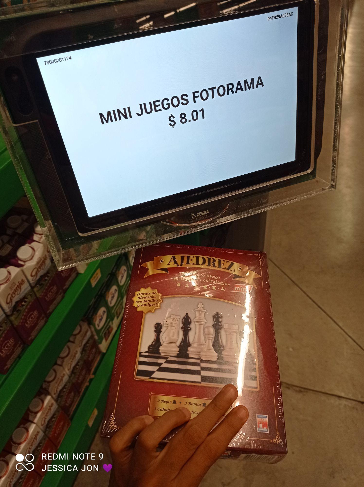 Bodega Aurrerá: varios mini juegos fotograma y etiquetas de chalequito de pinchos con líquidacions 0.1
