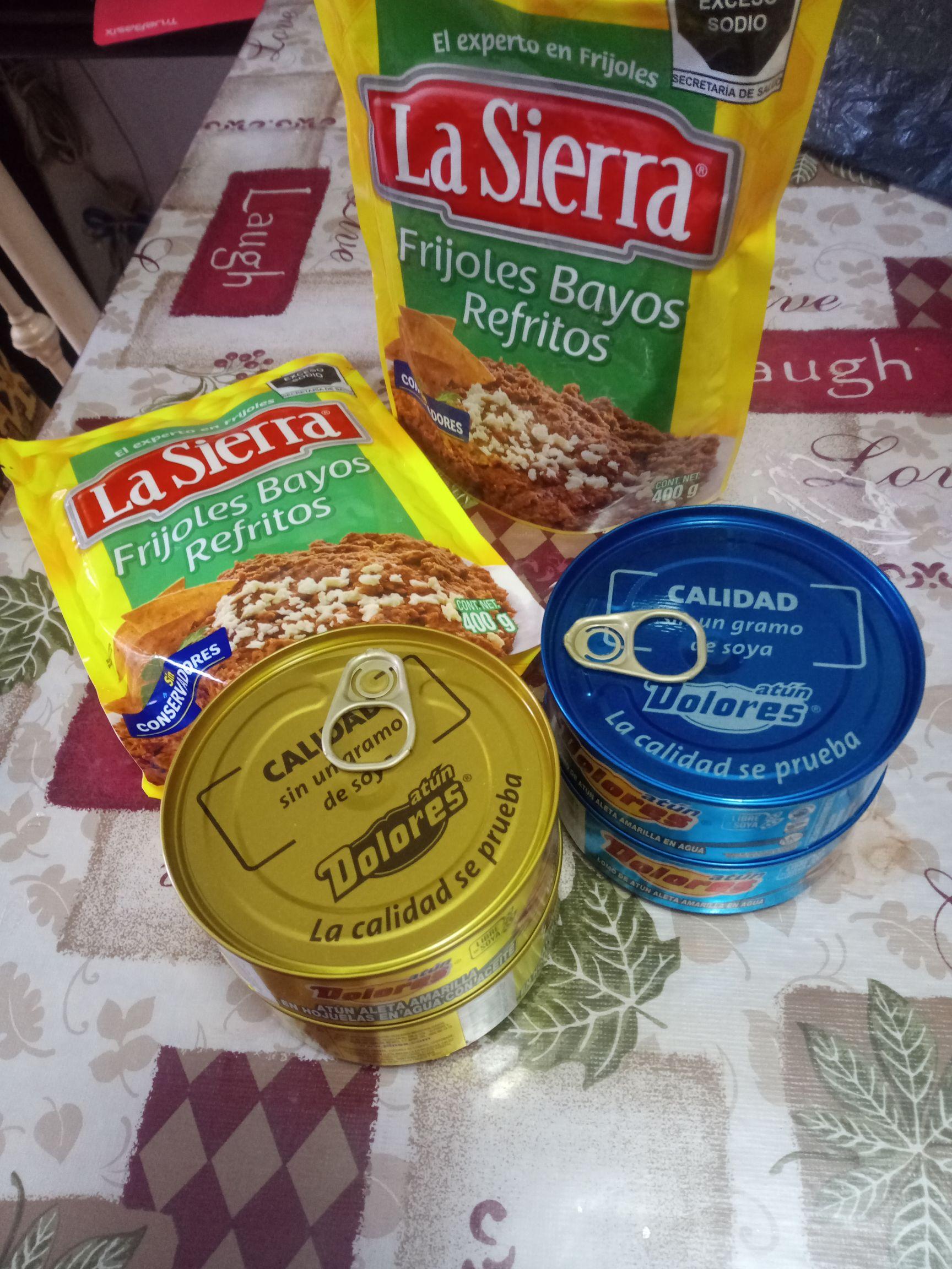 Soriana mercado huajuapan 2 latas de atún, gratis frijoles Sierra de 400gr